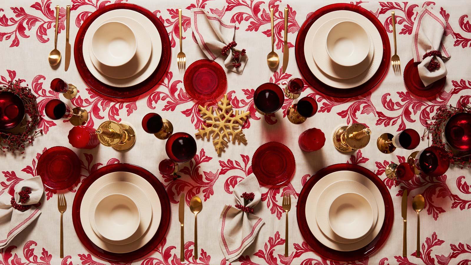 Natale 2017: tante idee per apparecchiare la tavola di Natale