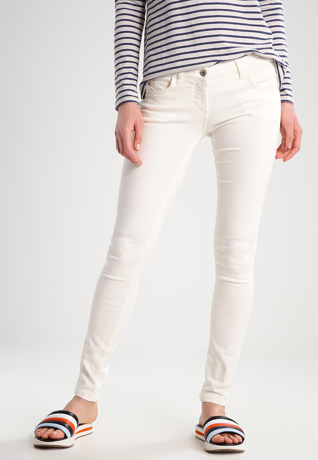 Jeans bianchi: proposte shopping