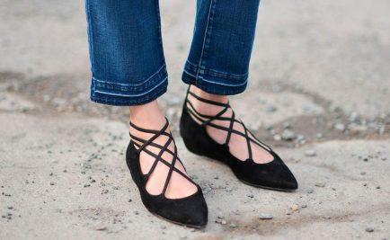 Quali jeans indossare con le scarpe flat?