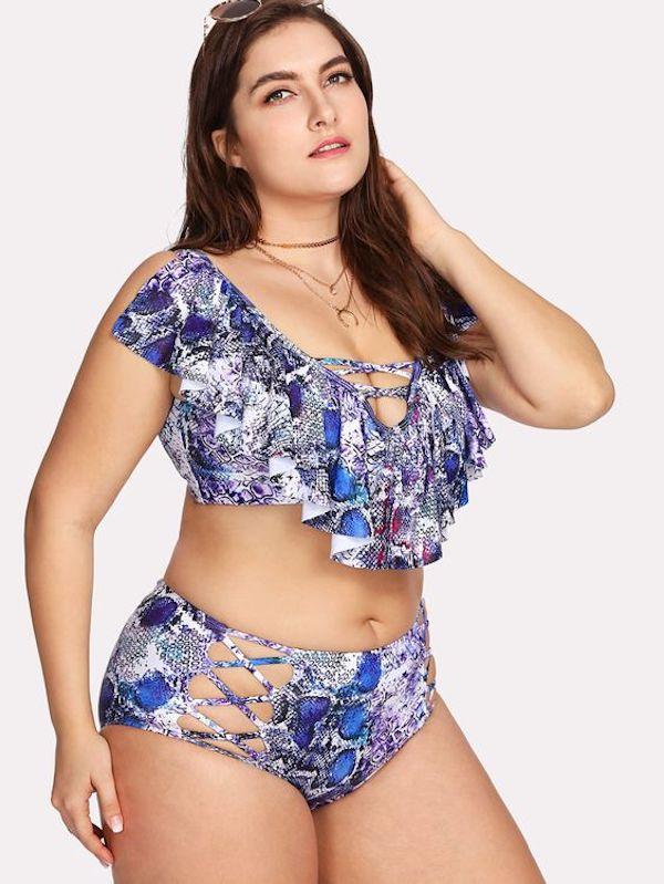 Come scegliere il miglior costume per donne curvy