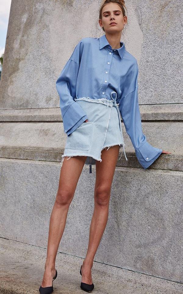 Minigonna di jeans a portafoglio