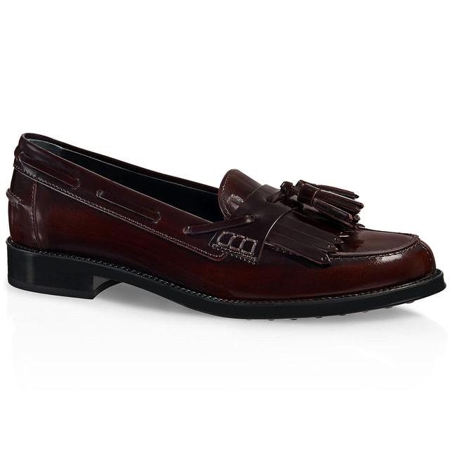 Trend scarpe autunno 2014  mocassini con le frange stile college 282e20a2015