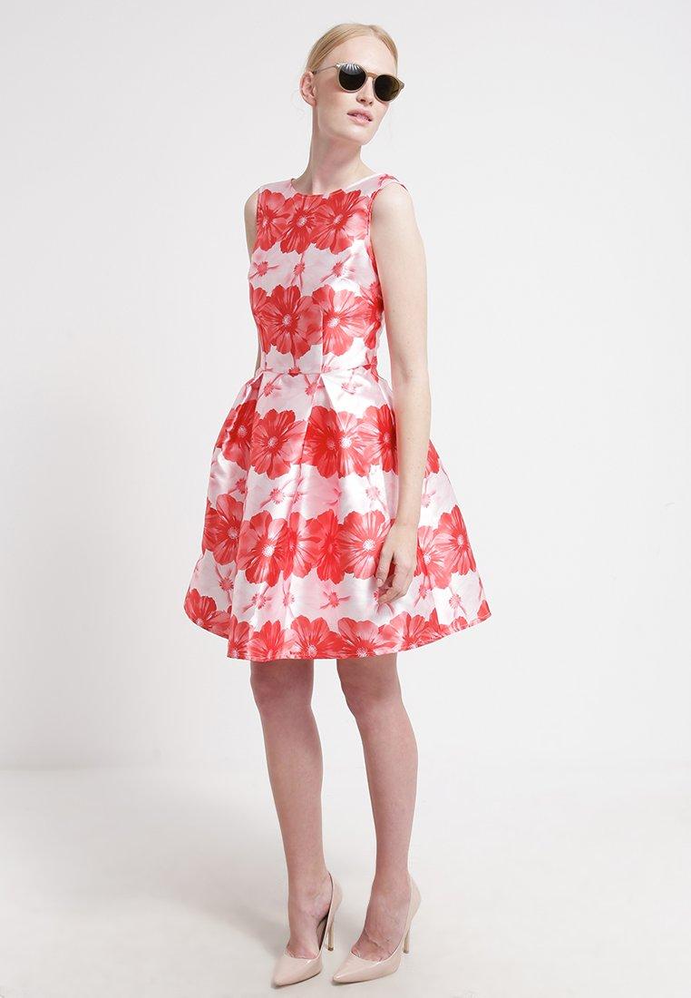 new products 1f2c9 d8ce2 30 vestiti corti per l'estate 2015 tra colore, pois e fiori