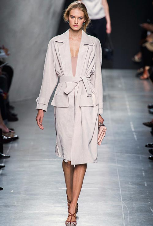 ways_of_wearing_a_belt_in_spring_2015_Bottega_Veneta