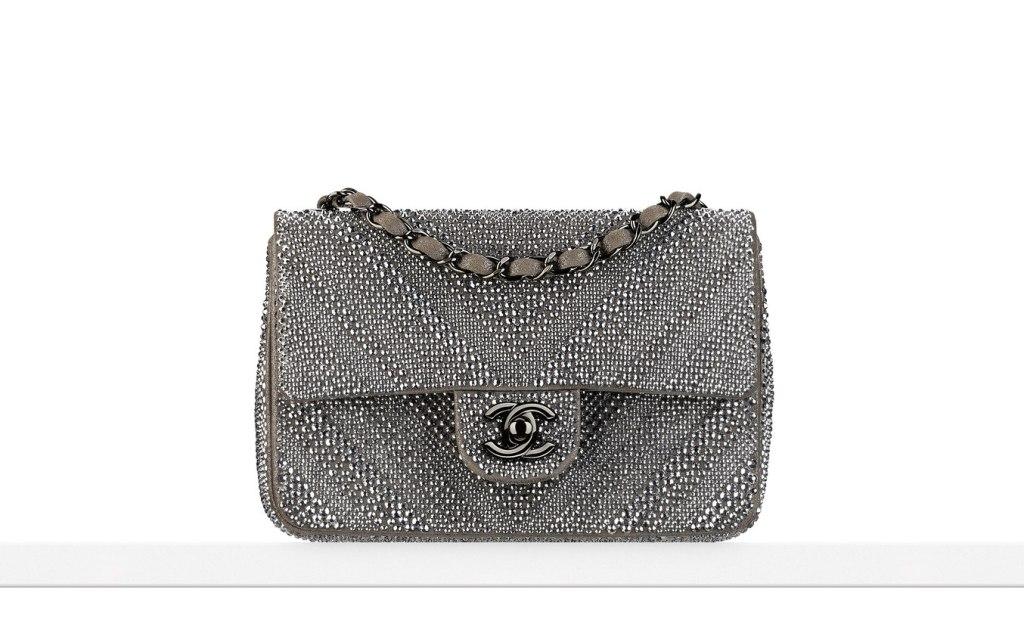 flap bag in goatskin con diamanti e applicazioni metalliche