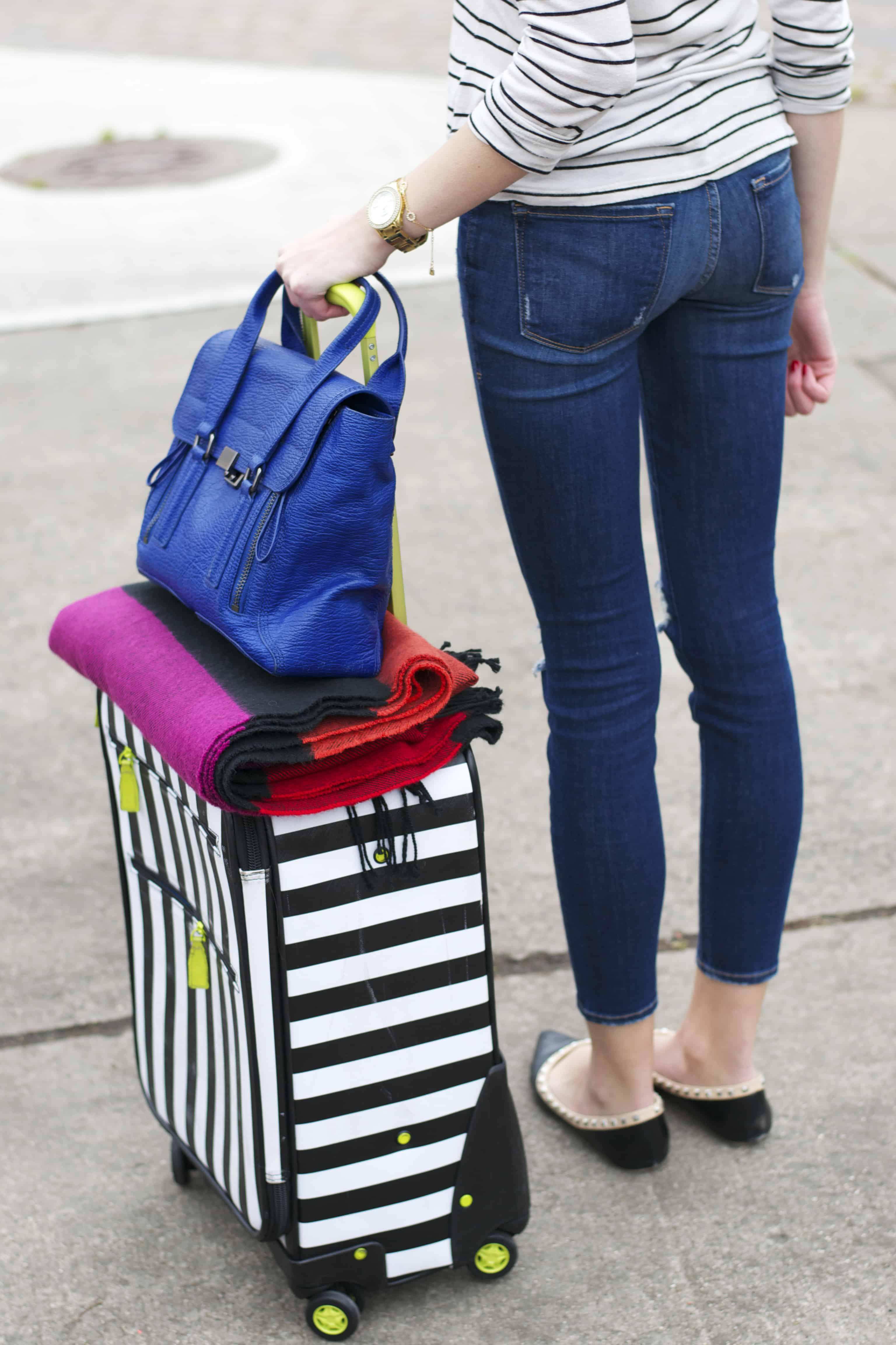 Blog 4 scarpe da viaggio ideali per la tua valigia