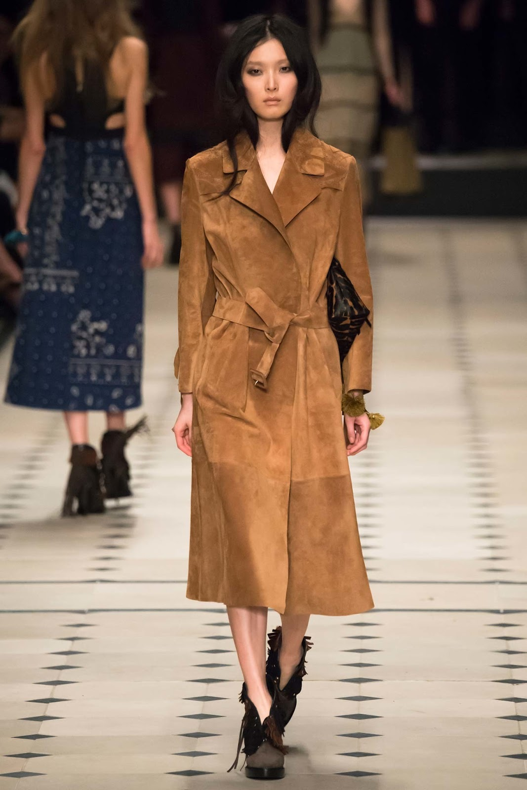 Cappotti in sherling e suede Burberry