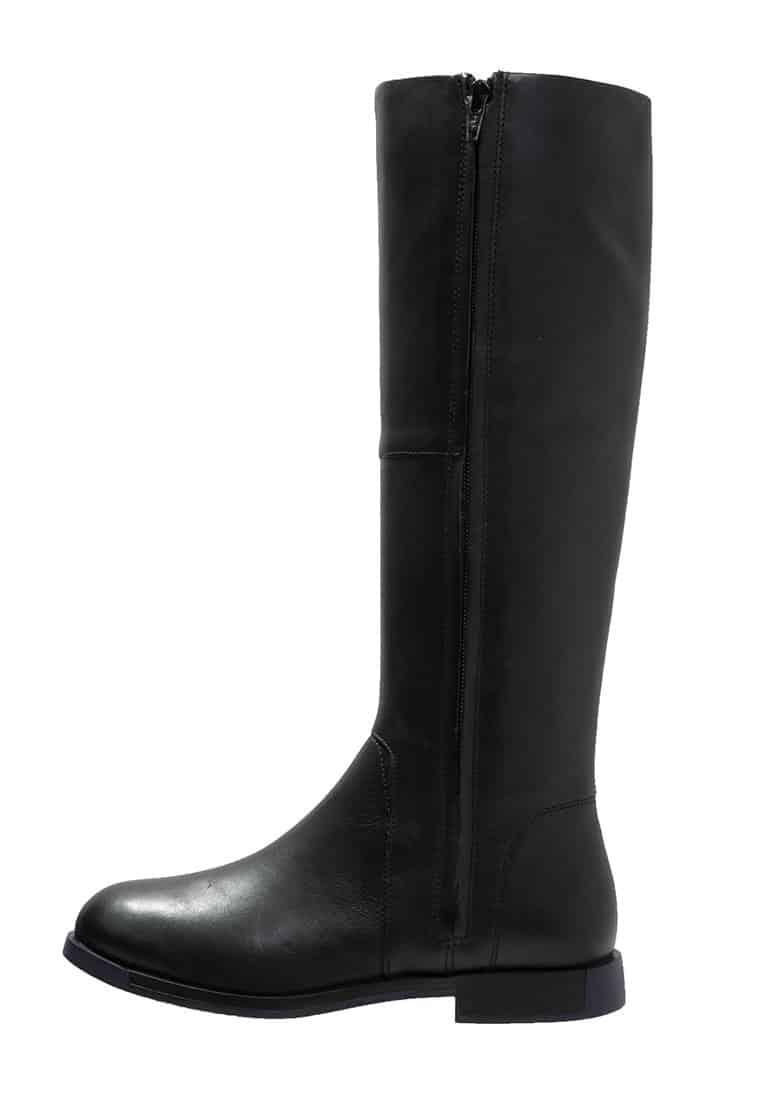 3_Stivali da donna neri senza tacco