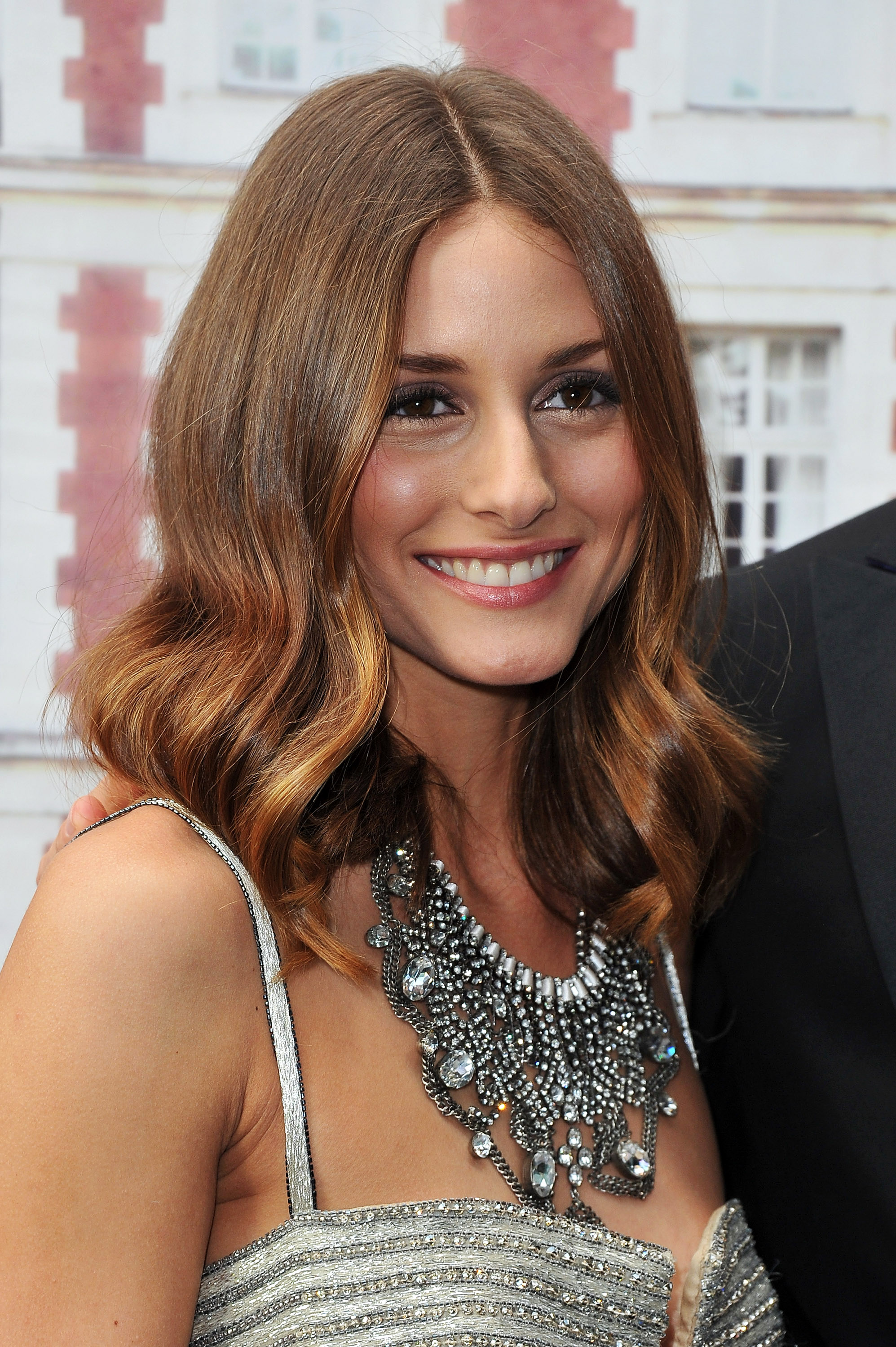 olivia palermo statement necklace