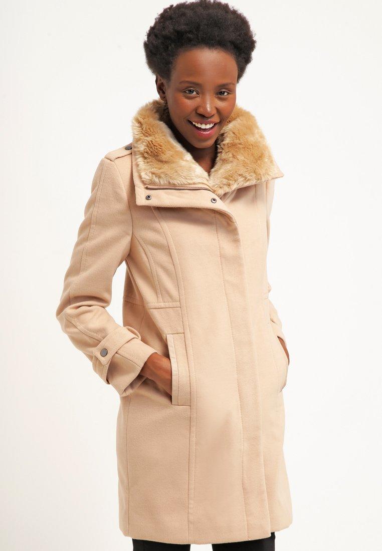 9_cappotto cammello classico