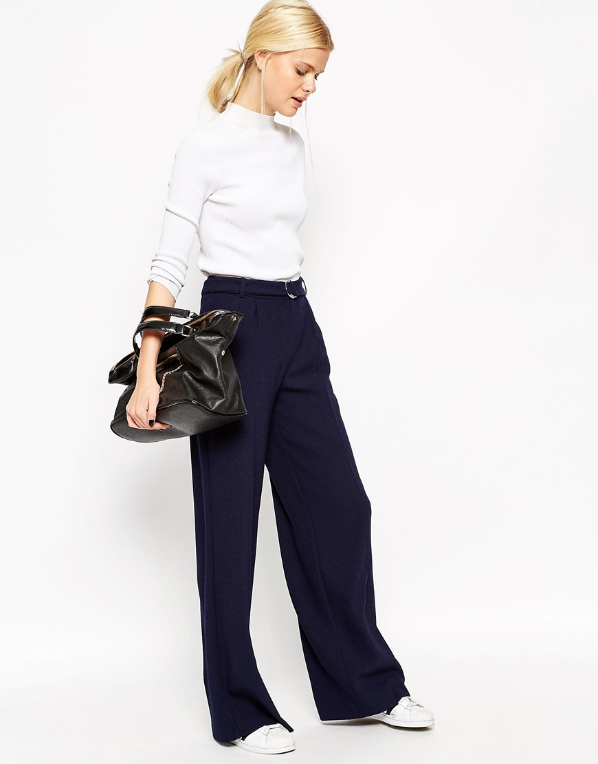 Pantaloni palazzo con fondo ampio