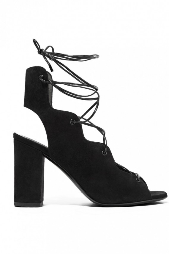 lace up shoes scarpe con lacci