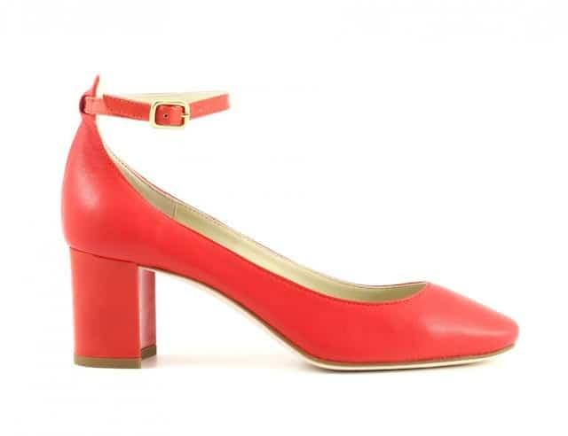 scarpe rosse con cinturino tacco medio valentino