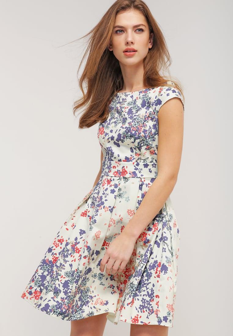 new style a9dfb 552f0 Vestiti corti a fiori, ecco i più trendy per l'estate