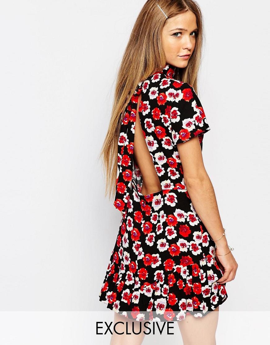 Vestiti corti a fiori estate 2016
