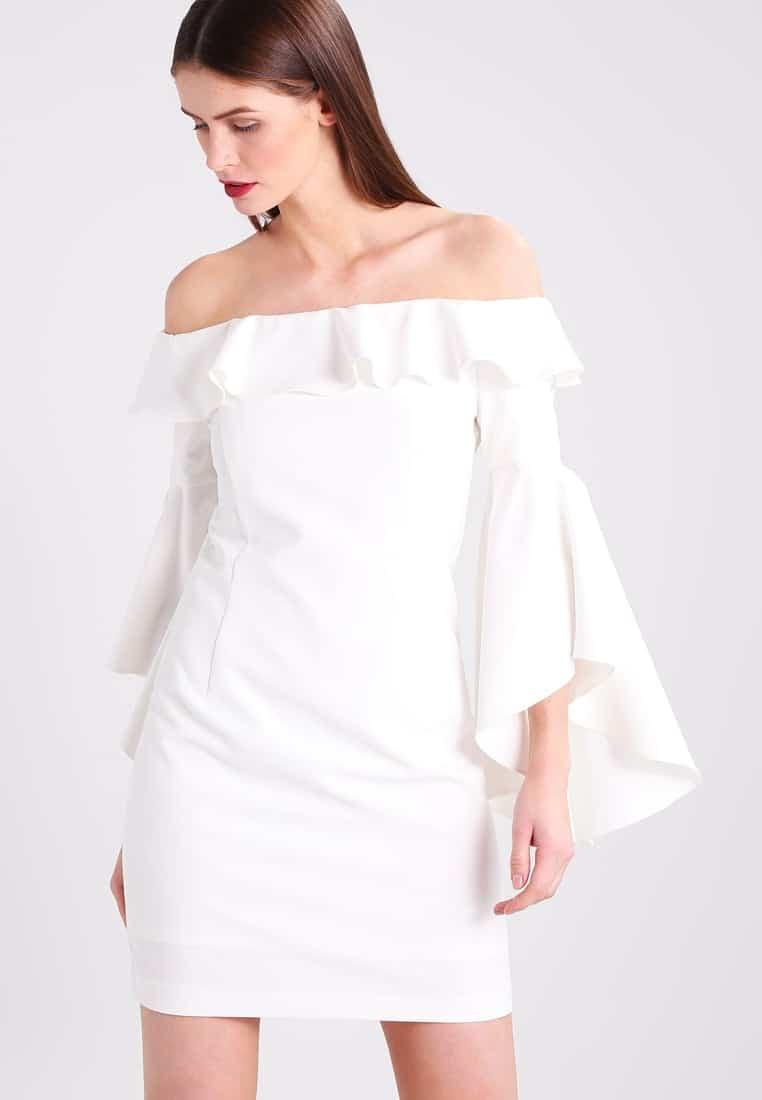 vestito bianco maniche ampie ruches
