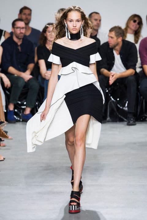 Tendenze moda primavera 2017 bianco e nero sportivo