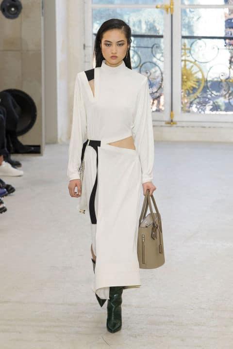 Tendenze moda primavera 2017 bianco e nero sportivo athleisure
