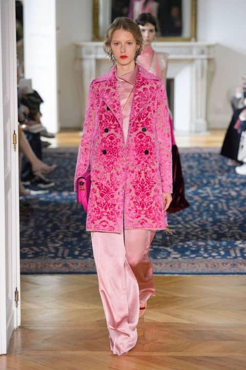 Tendenze moda primavera 2017 rosa valentino