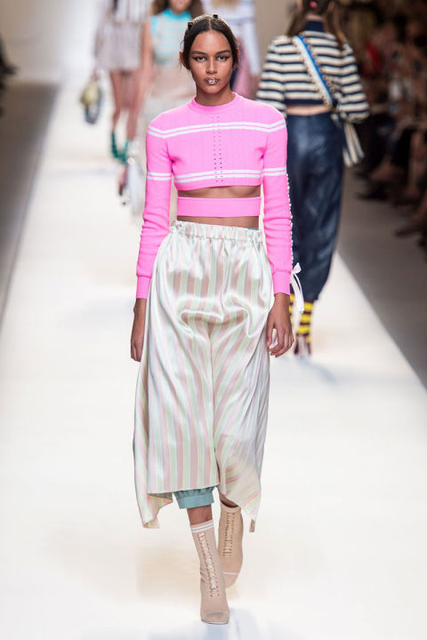 Tendenze moda primavera 2017 rosa fendi