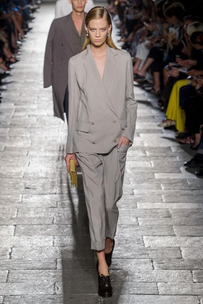 buy popular 2bac3 6cc0a Tailleur pantalone: il nuovo classico rivisitato