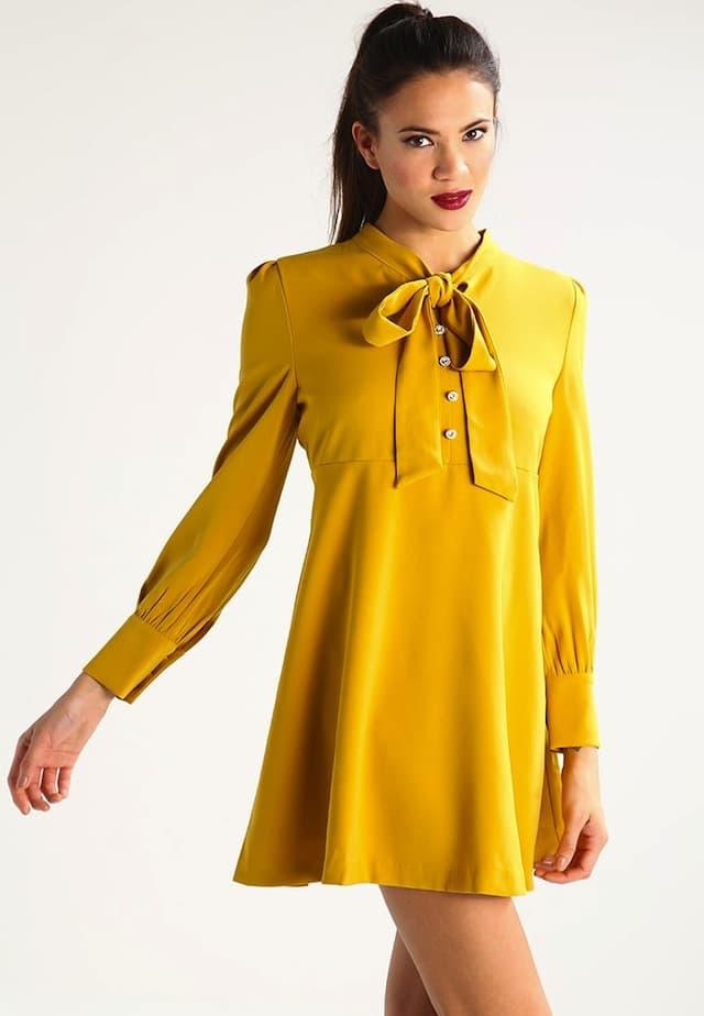 Vestito giallo invernale