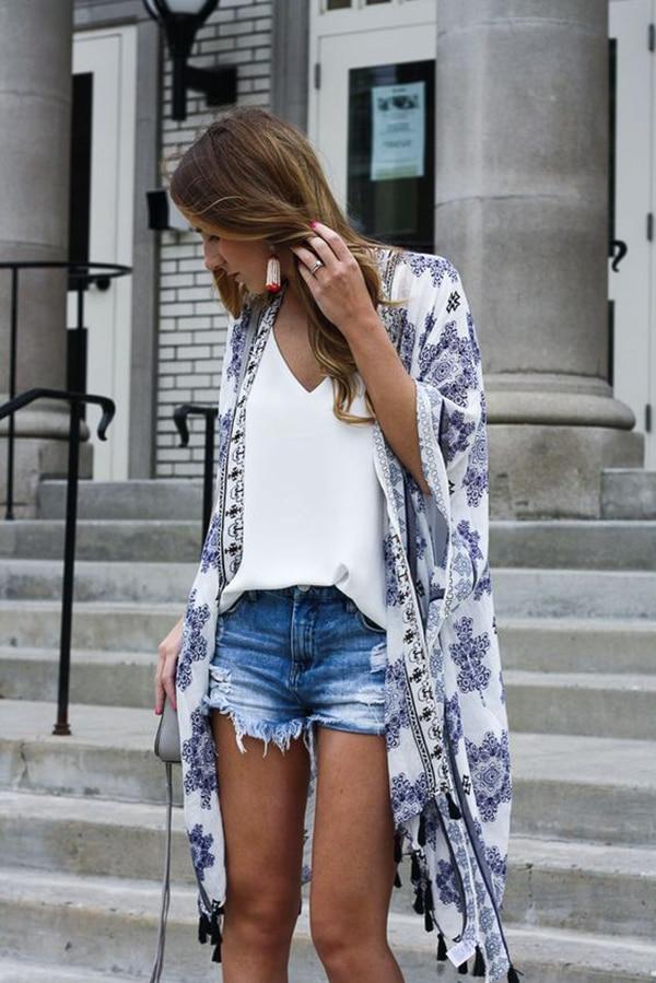 Kimono e shorts di jeans