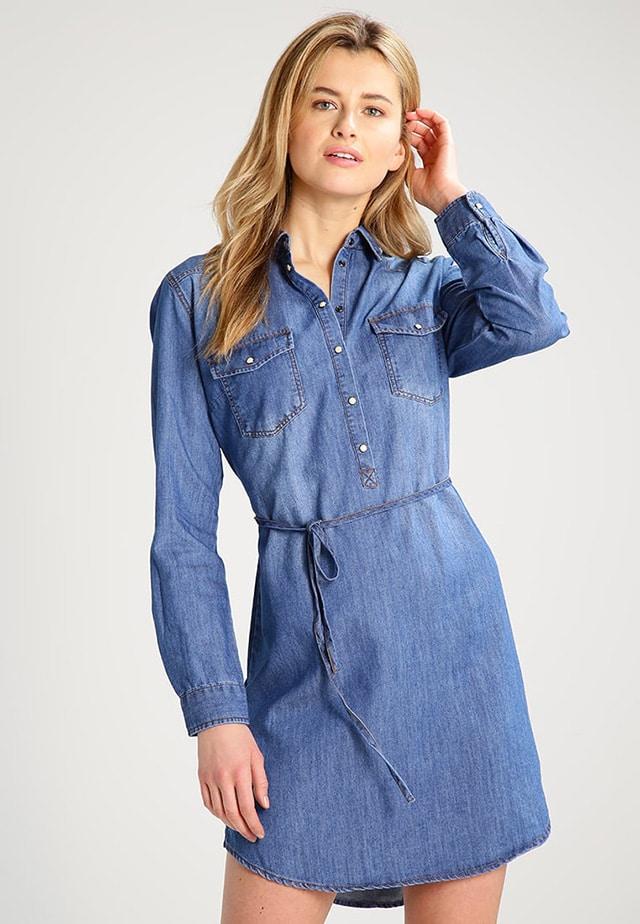 e61164c71d00d Vestiti in jeans  come indossarli da mattina a sera
