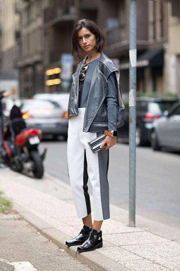 Pantaloni cropped e stivaletti