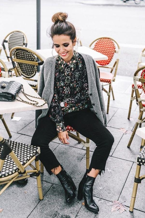 Jeans neri e stivaletti