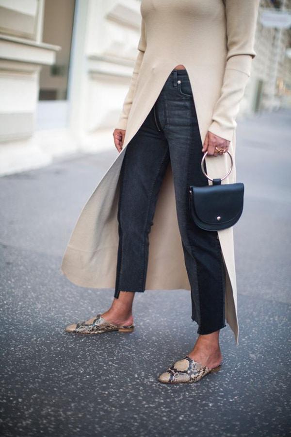Jeans neri cropped e scarpe flat