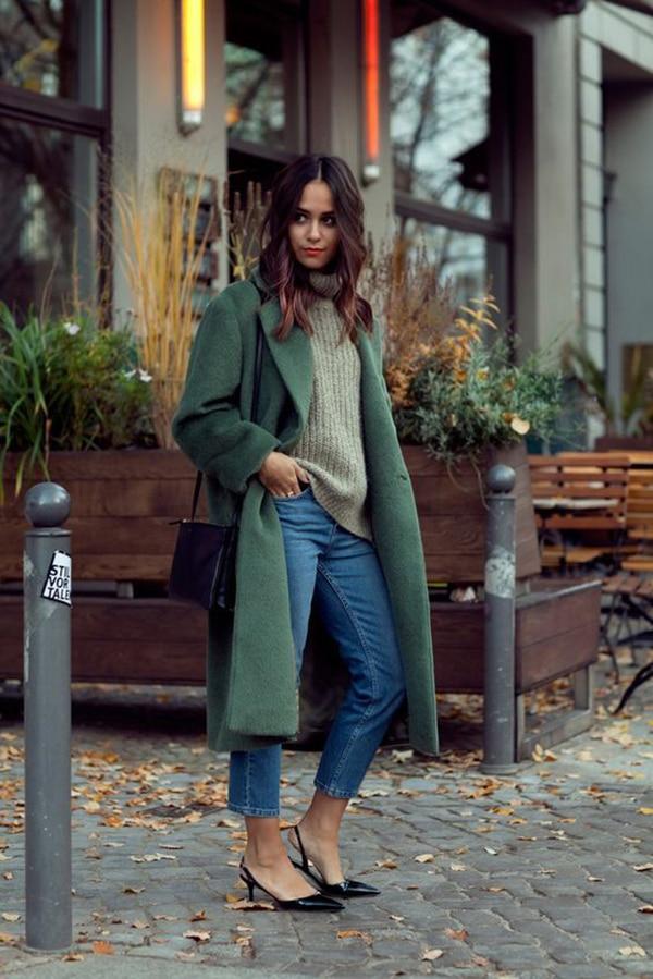Jeans skinny e cappotto verde