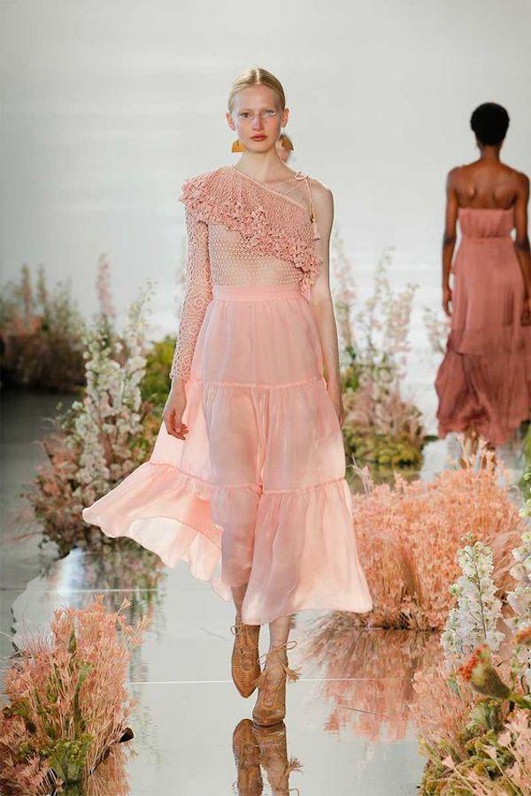 I migliori vestiti tinta unita per la primavera 2018