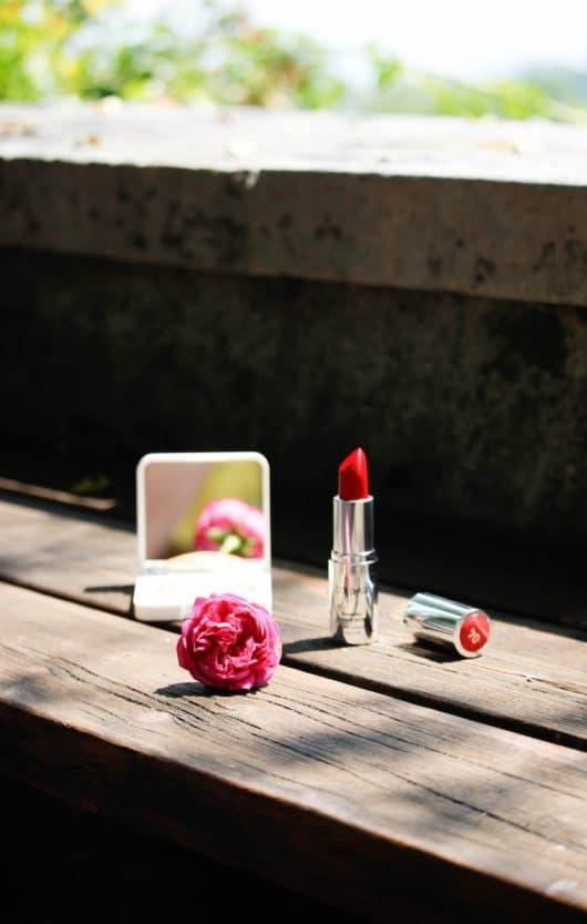 dolomia makeup review