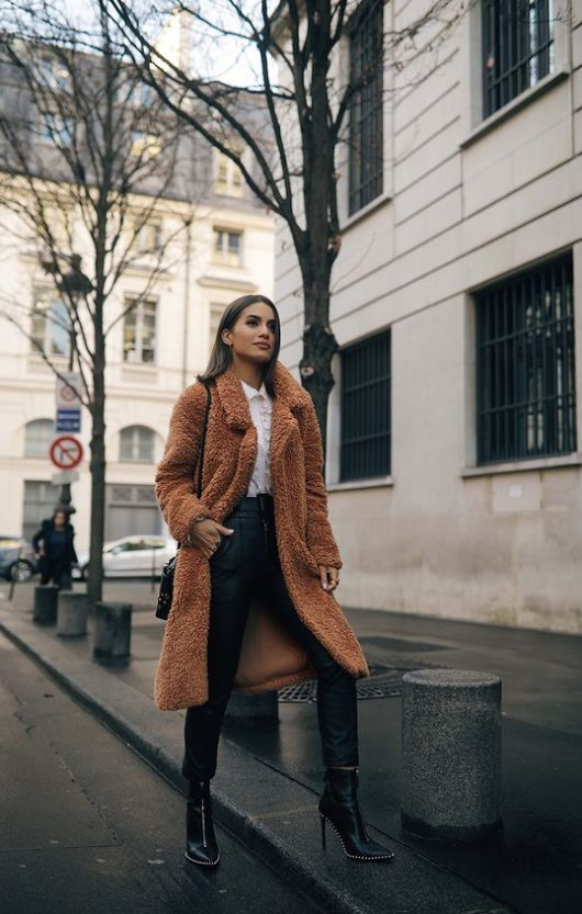 cappotto cammello outfit