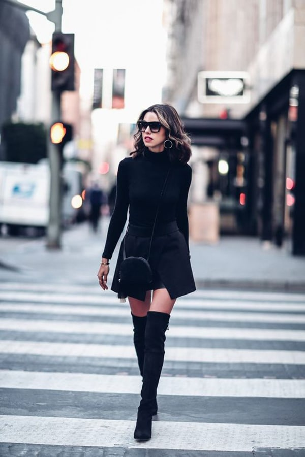 best sneakers 0ba03 d3ba3 Stivali lunghi neri: come indossarli e abbinarli