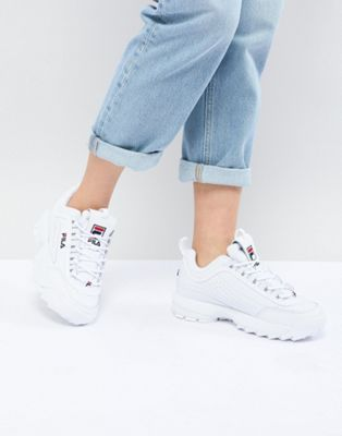 chunky sneakers fila outfit